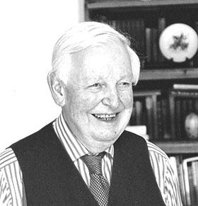 Walter Carrington